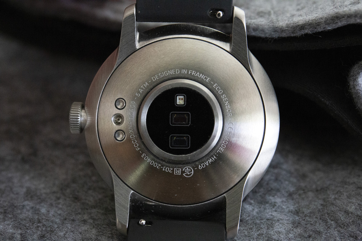 Withings-Scanwatch-fond-de-boite