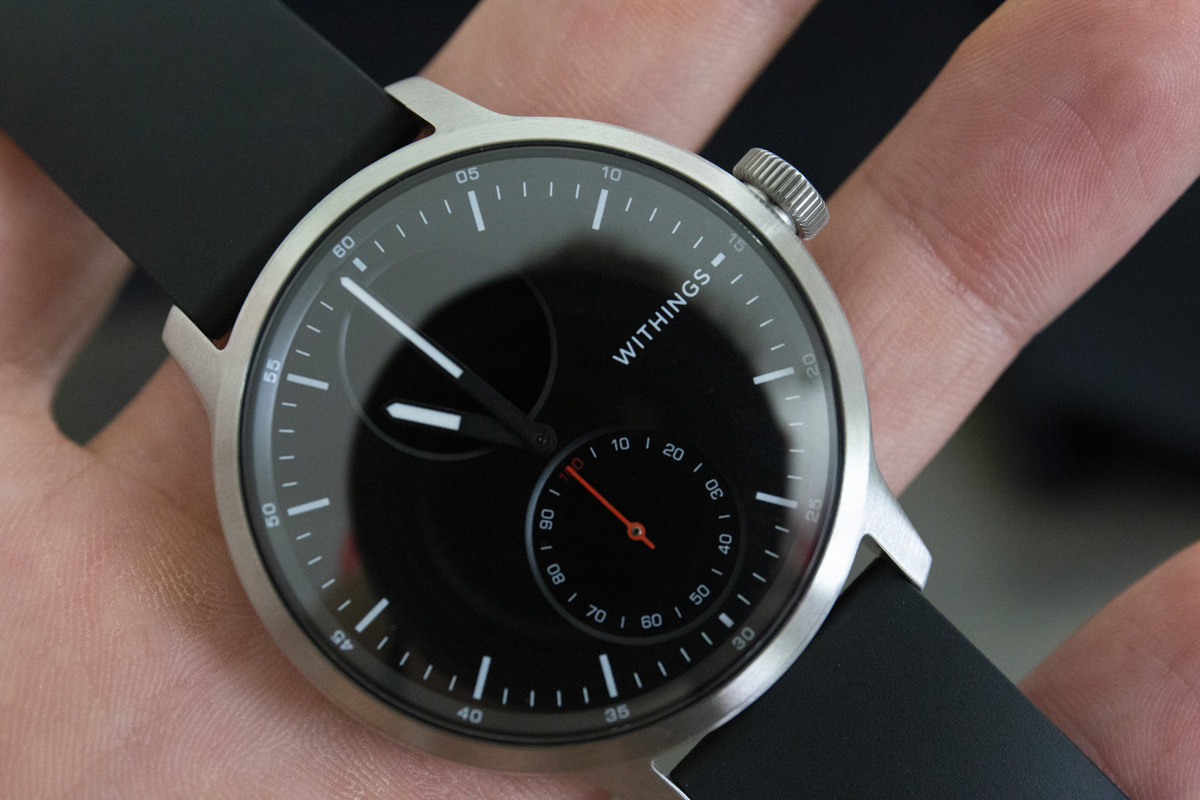 Withings-Scanwatch-montre-connectee