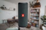JBL Flip Essential Avis Test : Une enceinte Bluetooth au très bon rapport qualité/prix ?